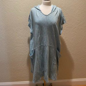 NWOT Anthropologie short sleeve hooded tunic Sz L